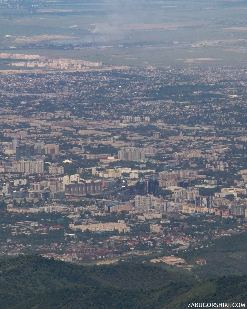 Аль-Фараби, Нурлы-тау, ТЭЦ-2 и бескрайние степи.